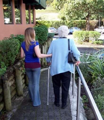 Conheça o Live in Caregiver Program