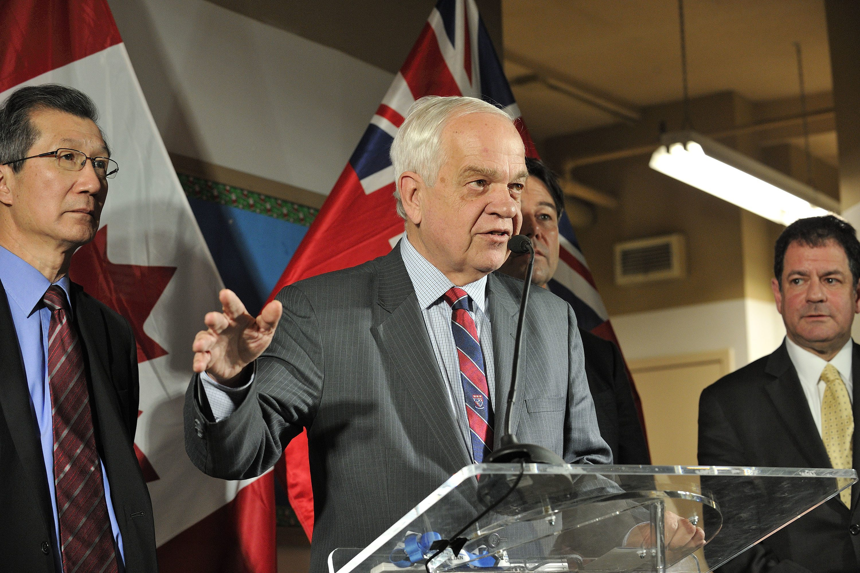 Minister McCallum along with Minister Michael Chan, Minister Eric Hoskins, and Councillor James Pasternak, attends a roundtable discussion and press conference about Canada's plan in brining 25,000 Syrian refugees at COSTI Immigrant Services in Toronto, Ontario on December 3, 2015. Dominic Chan/QMI Agency for IRCC